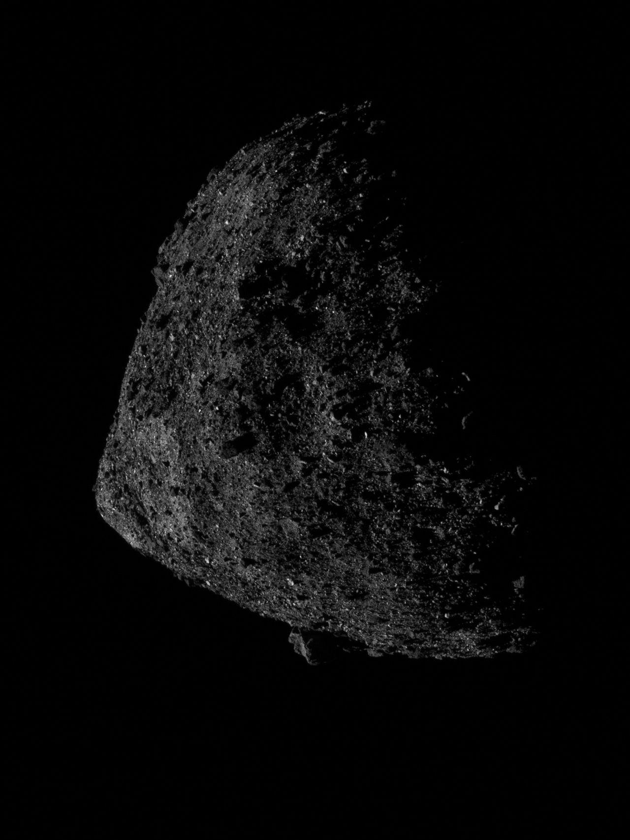 NASA tar närbild på asteroiden Bennu