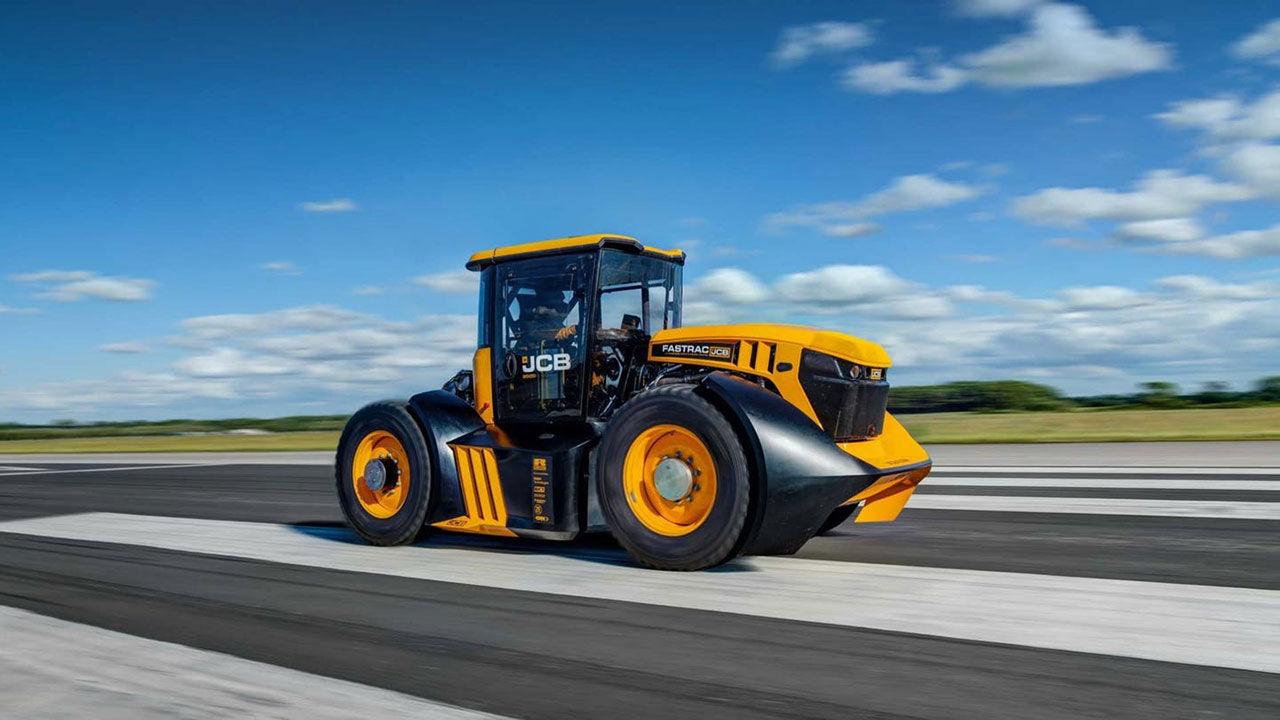 Det här är nu världens snabbaste traktor