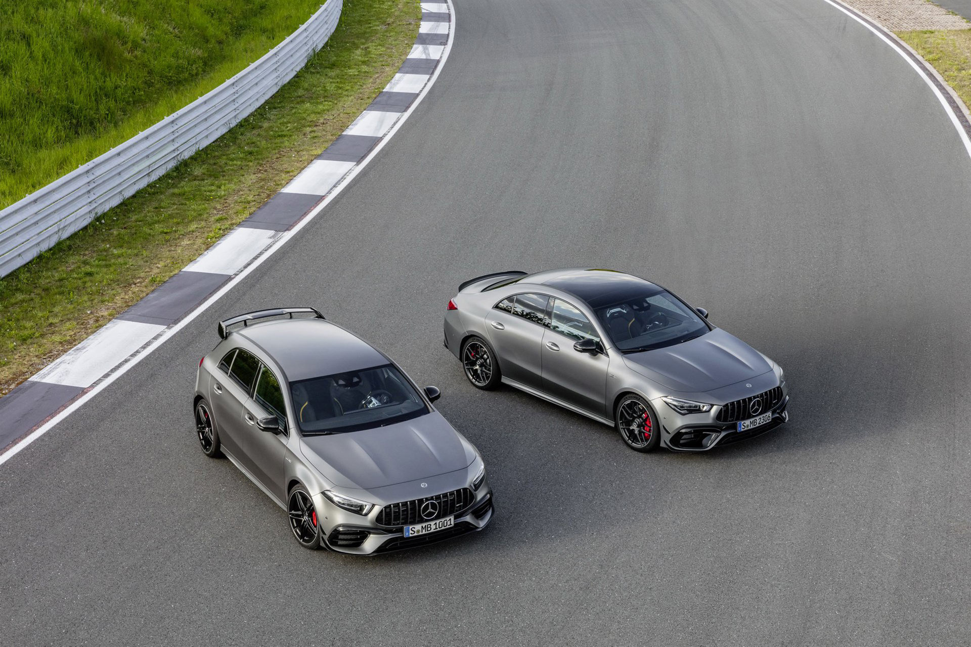 Nya Mercedes A 45 och CLA 45 är här