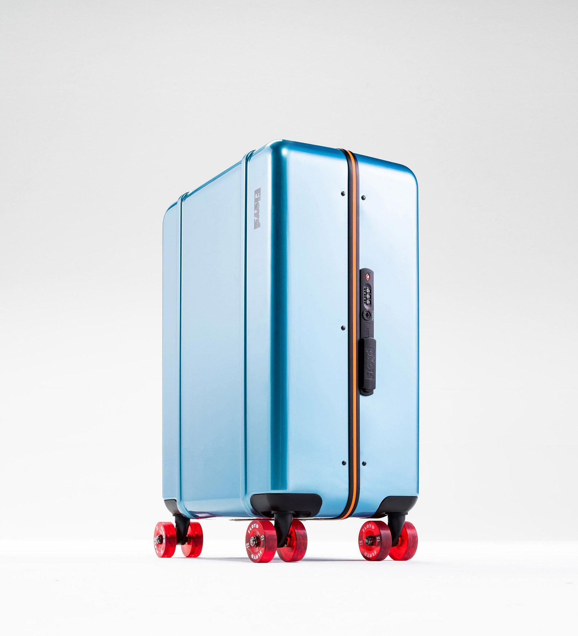 Snygg resväska med skateboardhjul