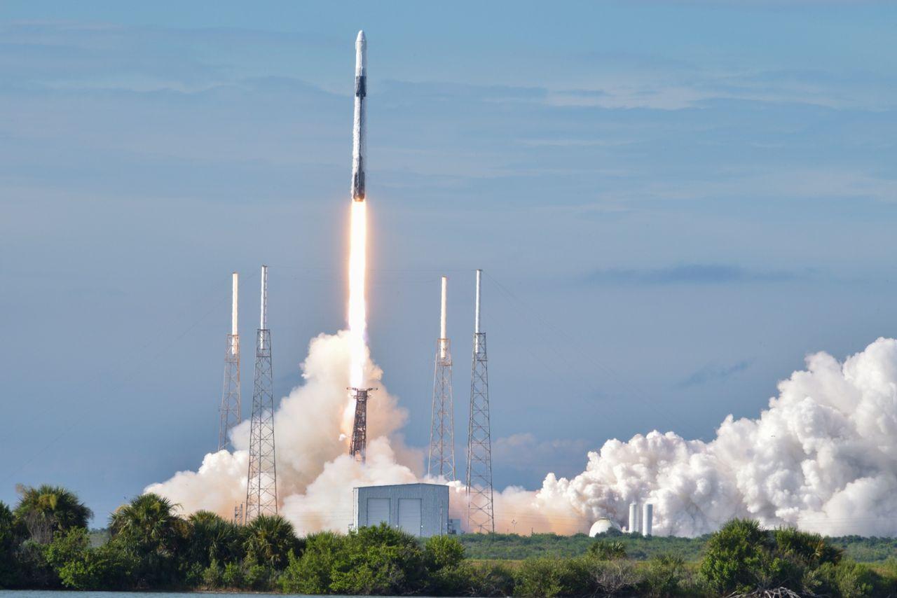 SpaceX drar igång samåkningprogram med Falcon 9-raketer