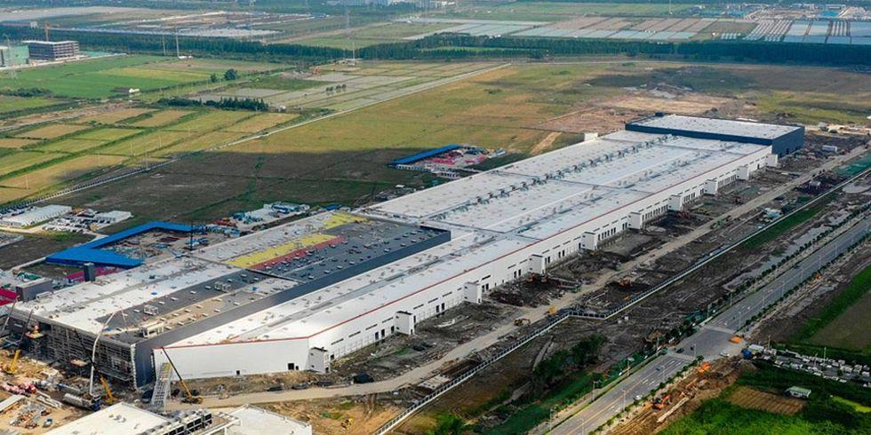 Tesla visar upp sin Gigafactory utanför Shanghai