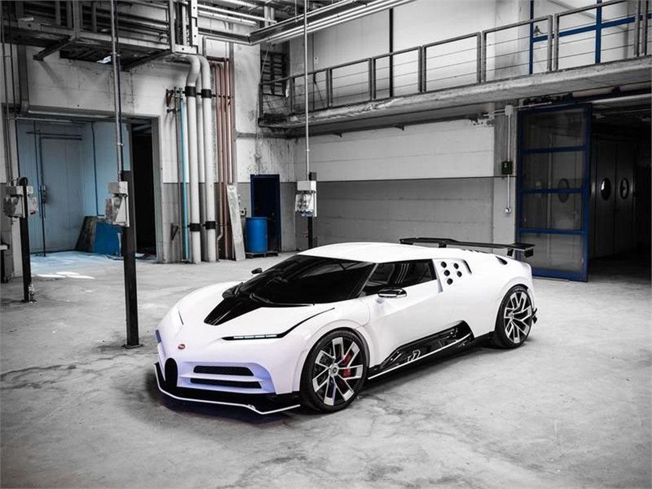 Bugattis hyllning till EB110 SS läcker ut