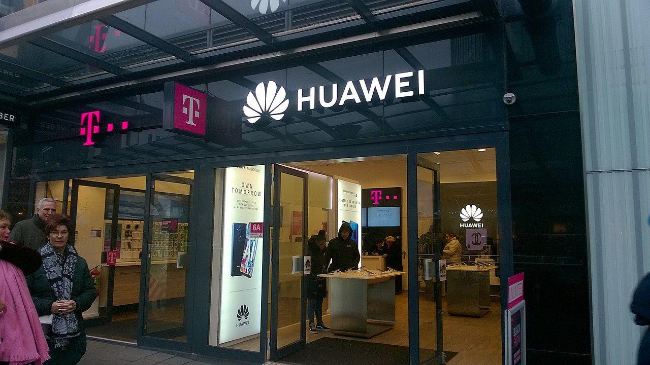Huawei får fortsätta att göra affärer med amerikanska företag