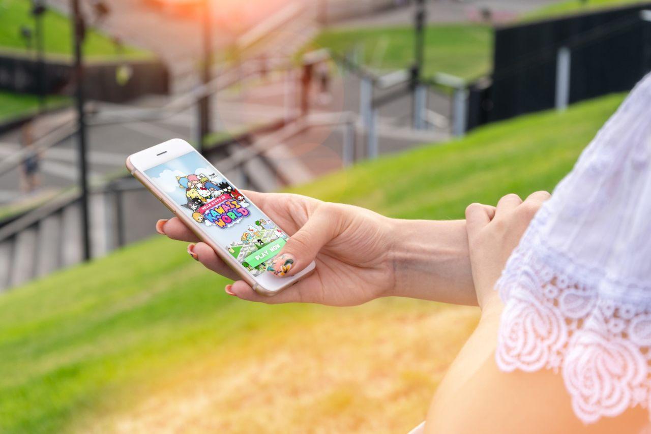 Svenska Bublar ska bygga AR-spel med Hello Kitty
