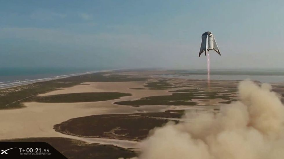 Lyckat test med SpaceX Starhopper