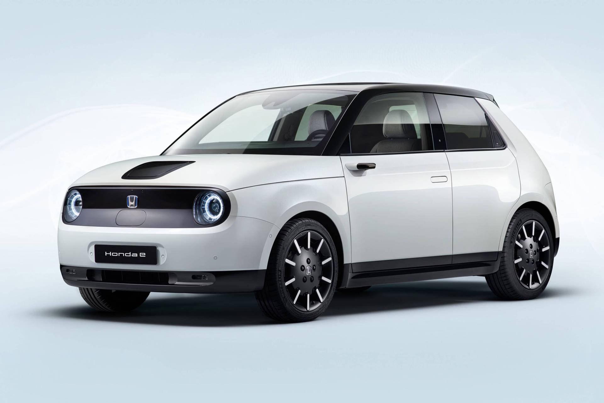 Honda e presenterad i produktionskläder