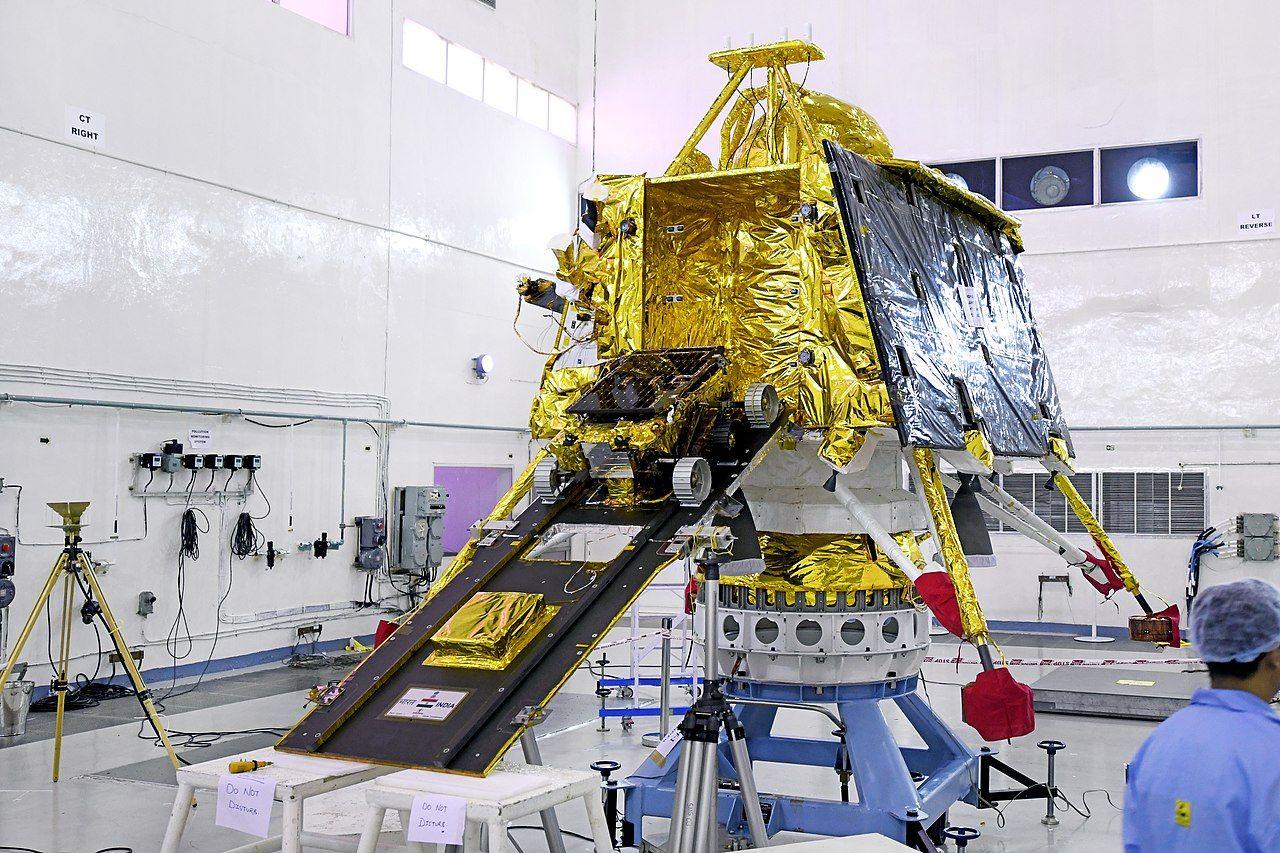 Indien får inte kontakt med sin månlandare