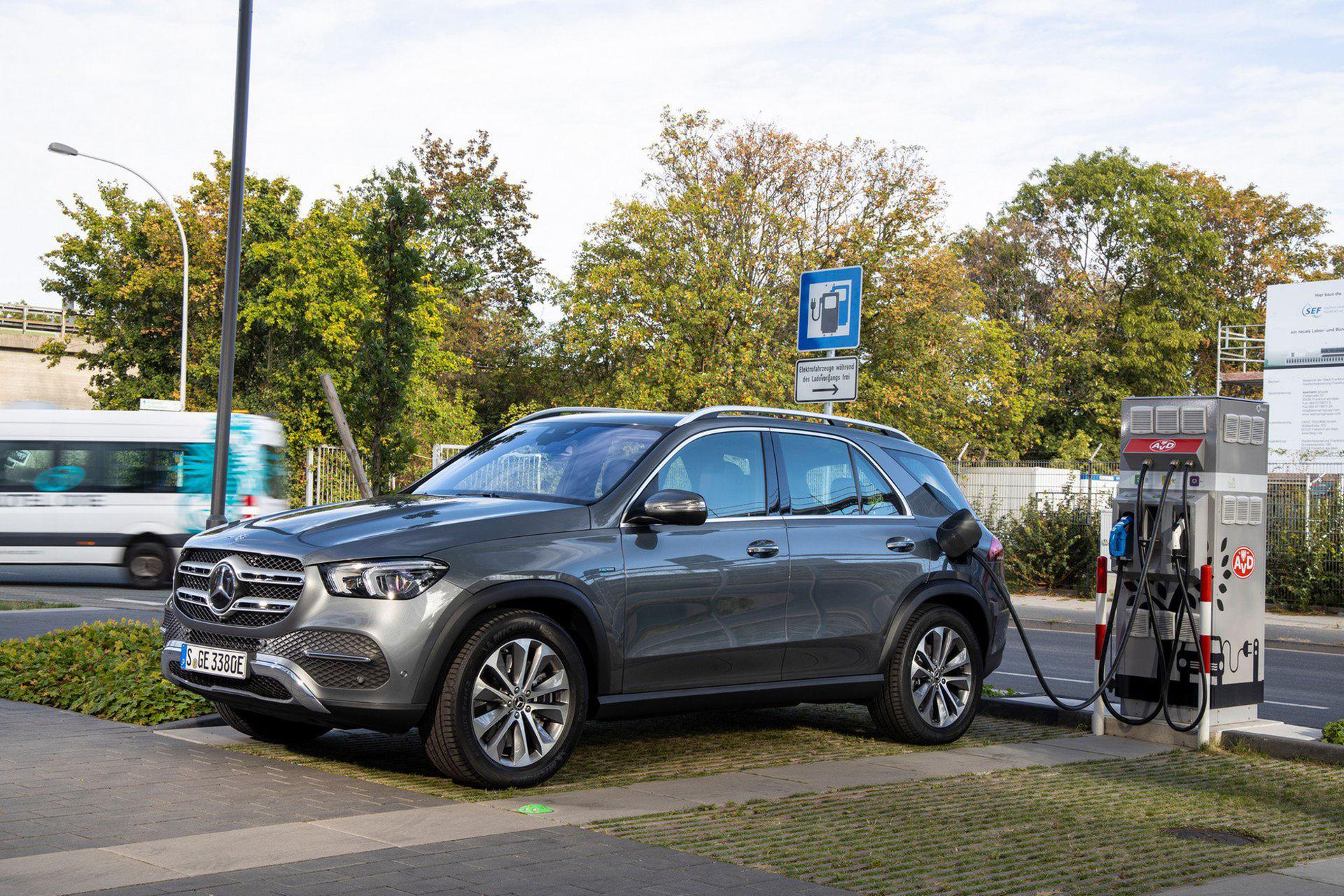 Mercedes GLC och GLE presenteras som laddhybrider