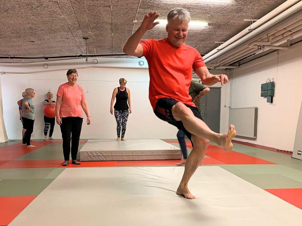Svenska Judoförbundet ska lära äldre hur man faller