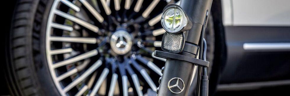 Mercedes har också tagit fram en elsparkcykel