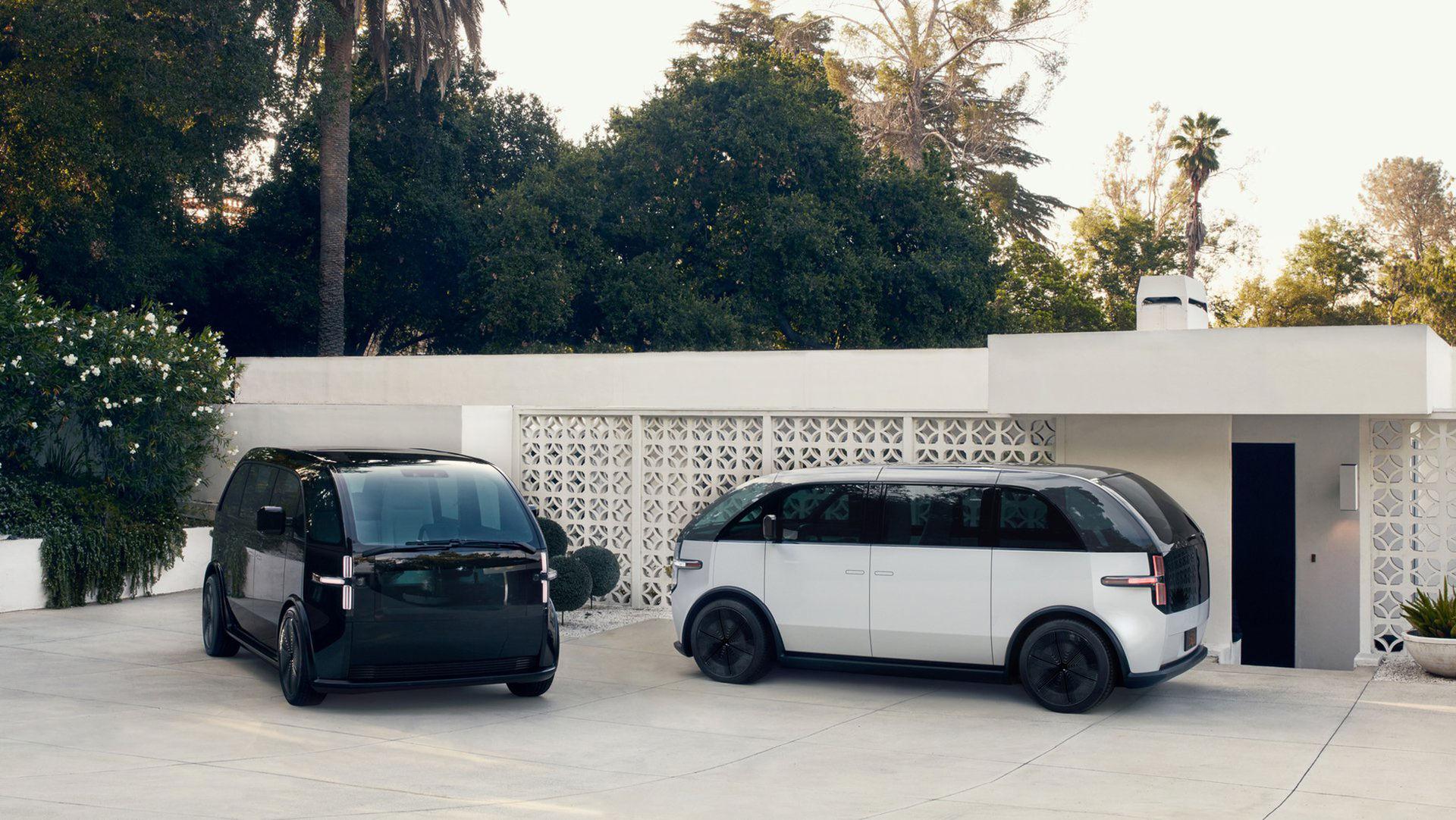 Startupen Canoo visar eldriven minibuss