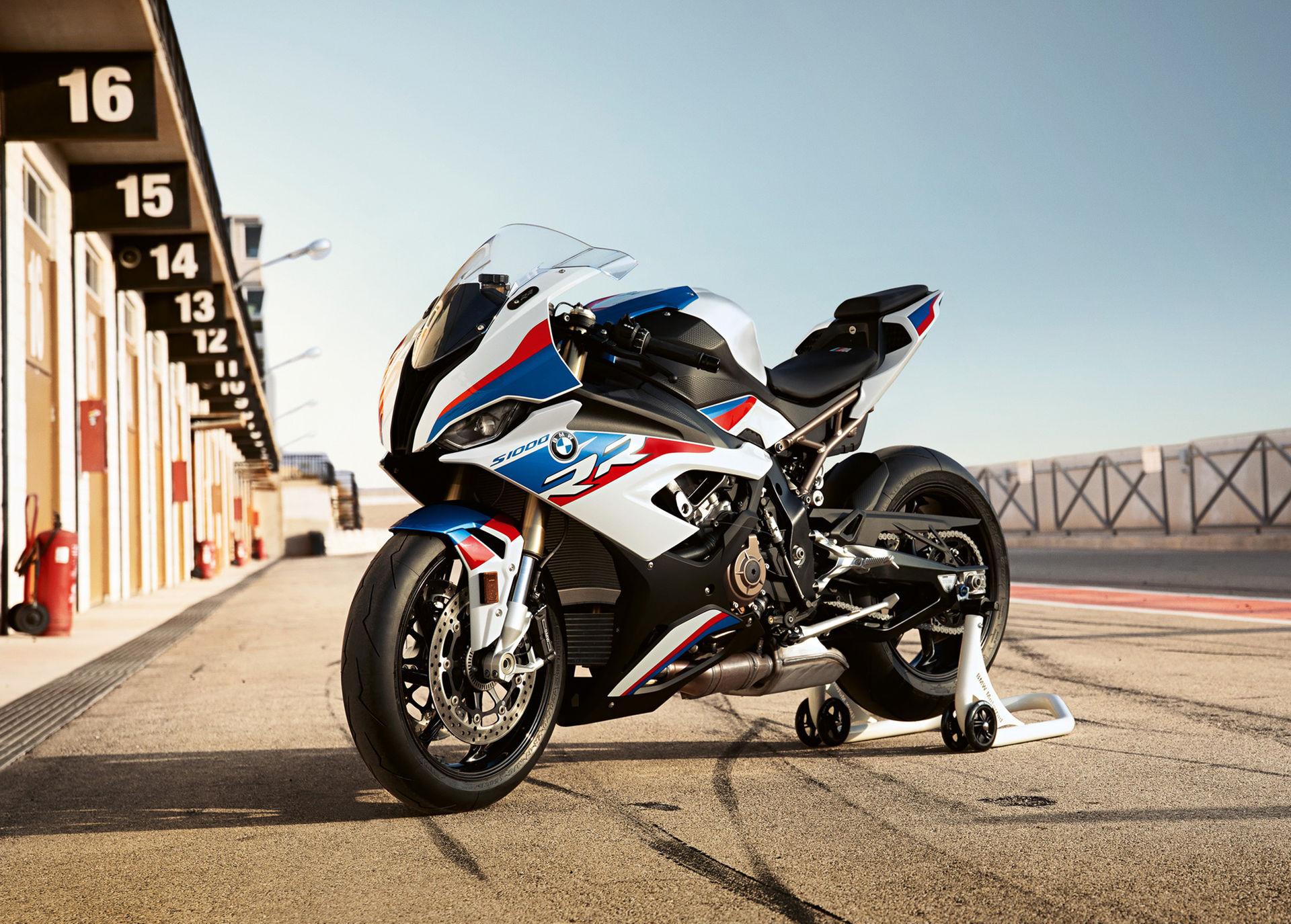 BMW:s M-beteckning kan komma till motorcyklar