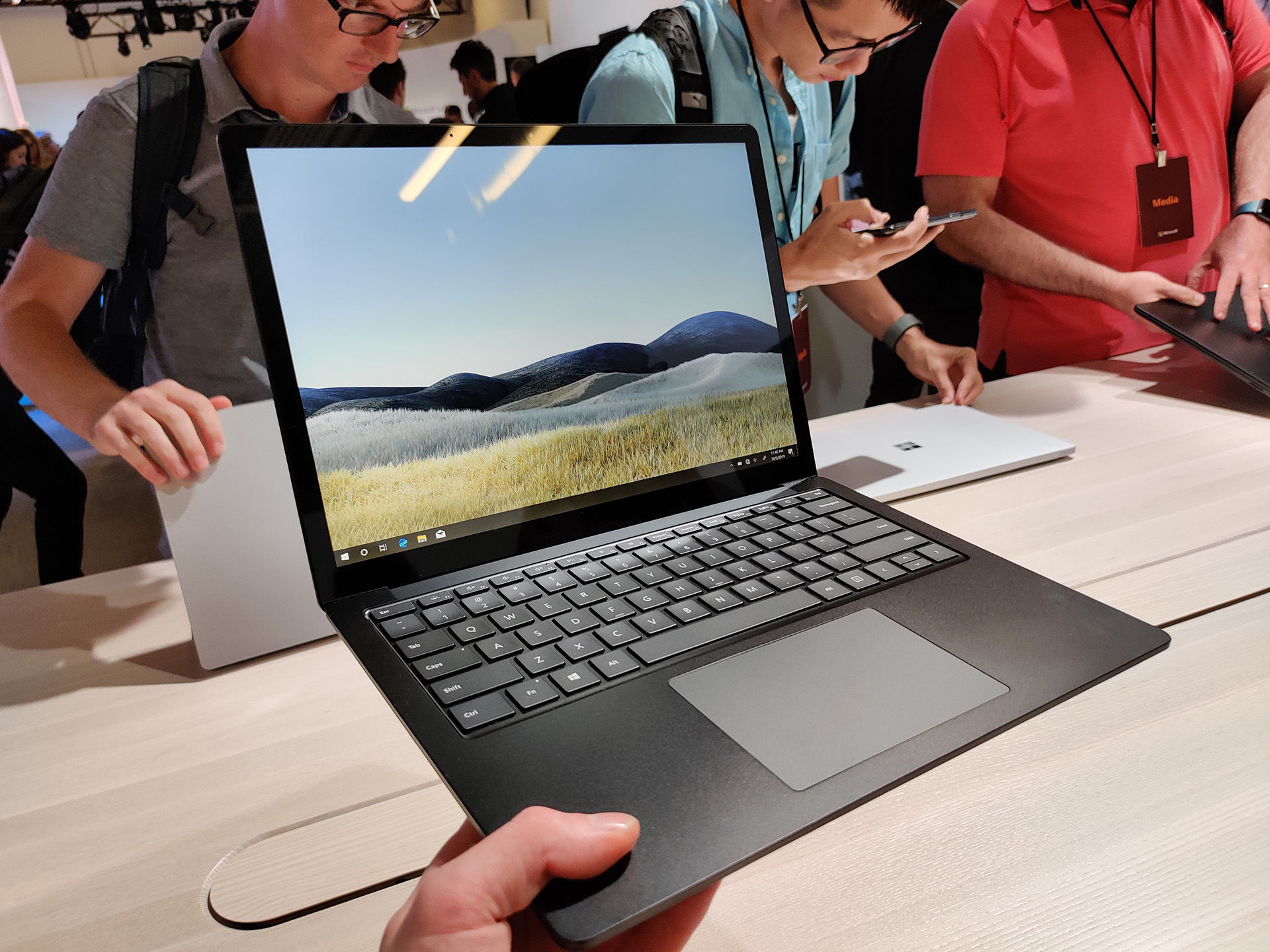 Microsoft Surface Laptop 3 är lika härlig i större format