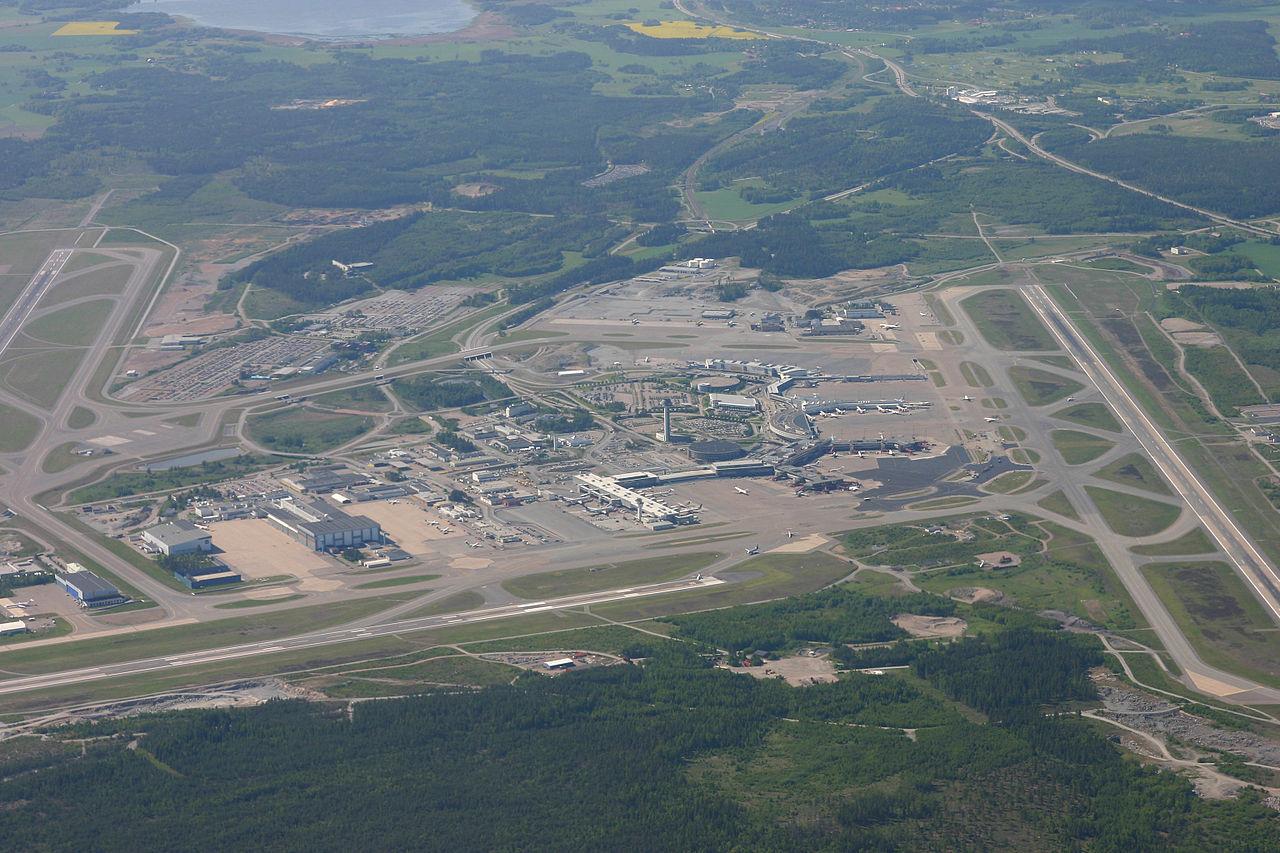 Flygplanspilot flög drönare på Arlanda
