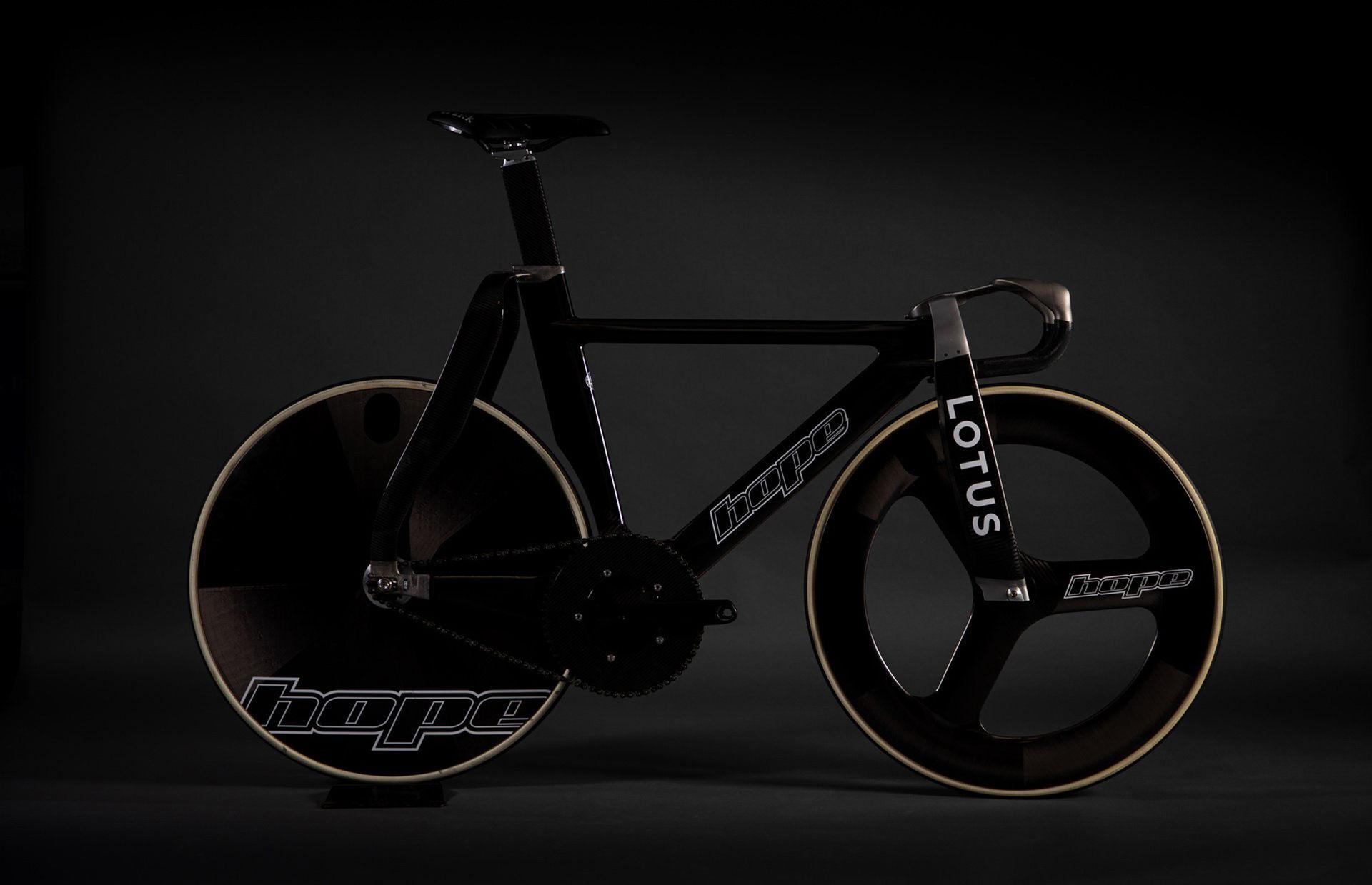 Lotus presenterar ny cykel
