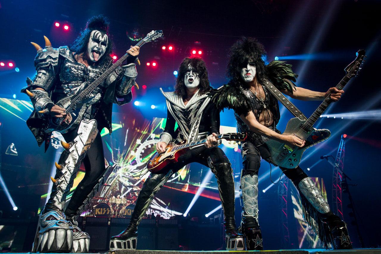 Kiss uppträder på två ställen i Sverige nästa år