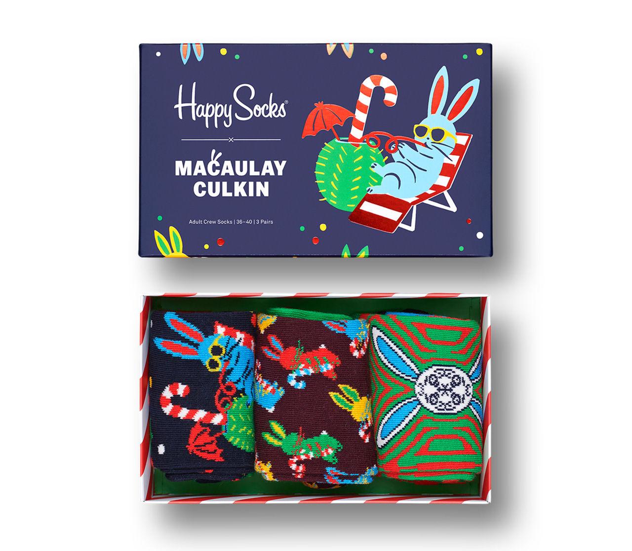 Macaulay Culkin släpper julstrumpor