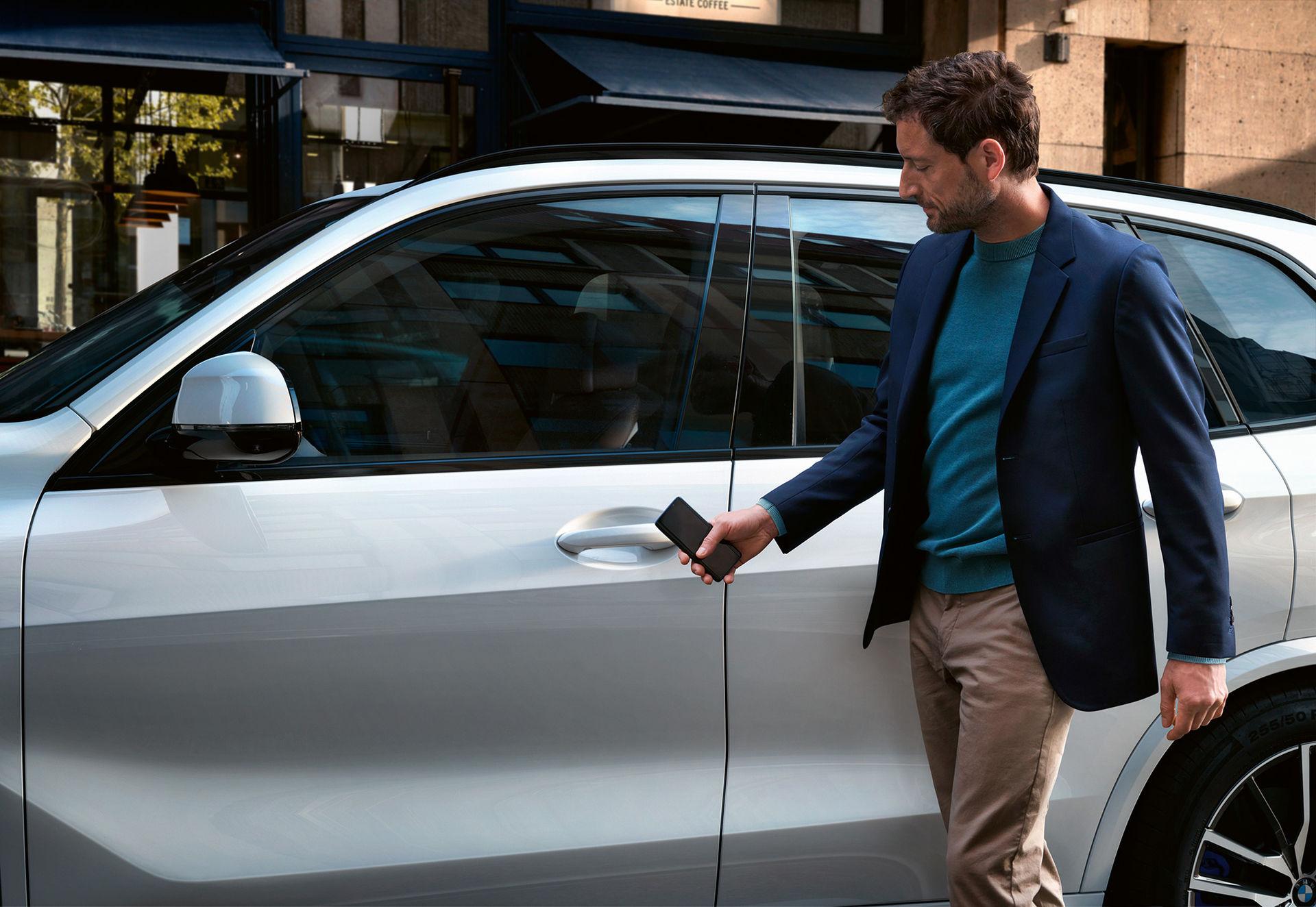BMW:s digitala bilnyckel blir smartare