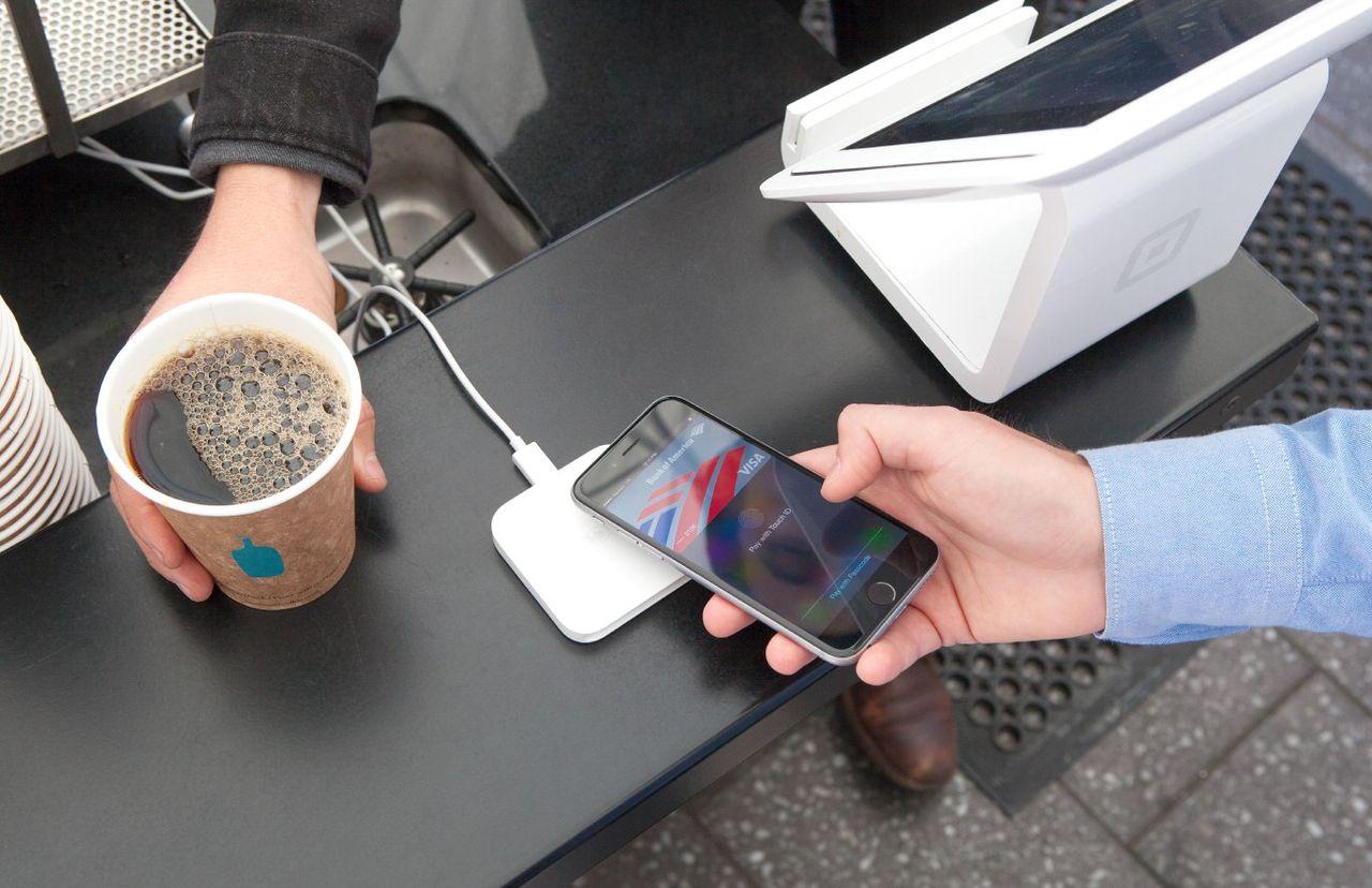 Apple tvingas öppna upp NFC på iPhone för betaltjänster