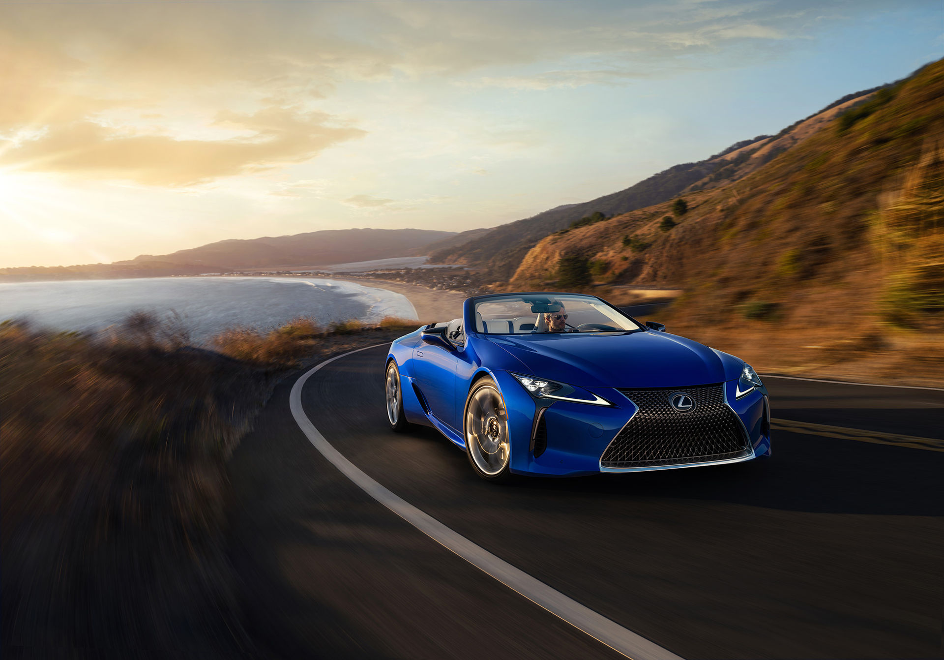 Lexus presenterar LC 500 Convertible
