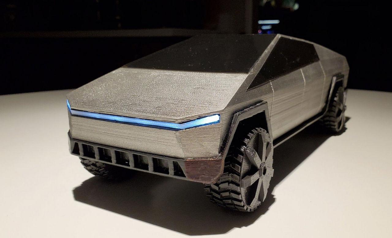 Skriv ut en Tesla Cybertruck med 3D-skrivare