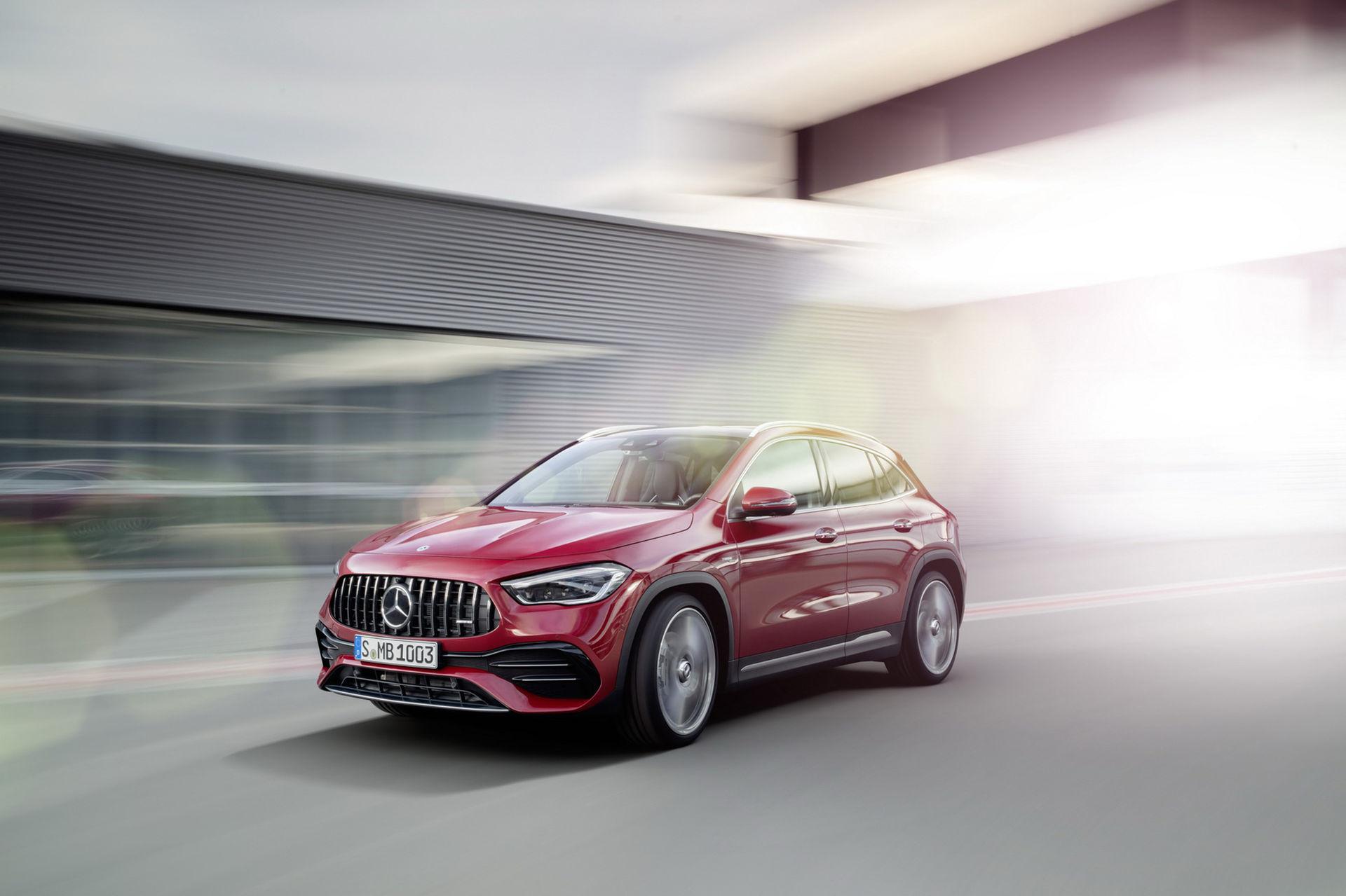 Det här är nya Mercedes GLA