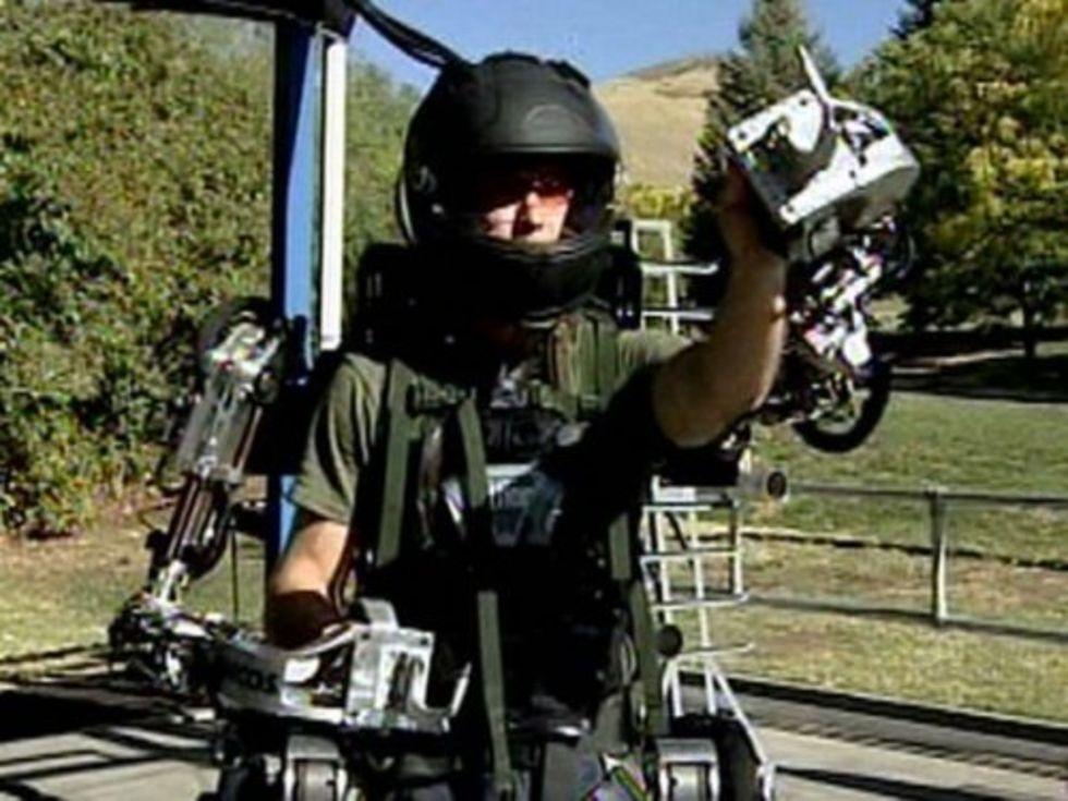 Exoskelett gör människor till Mecha-soldater