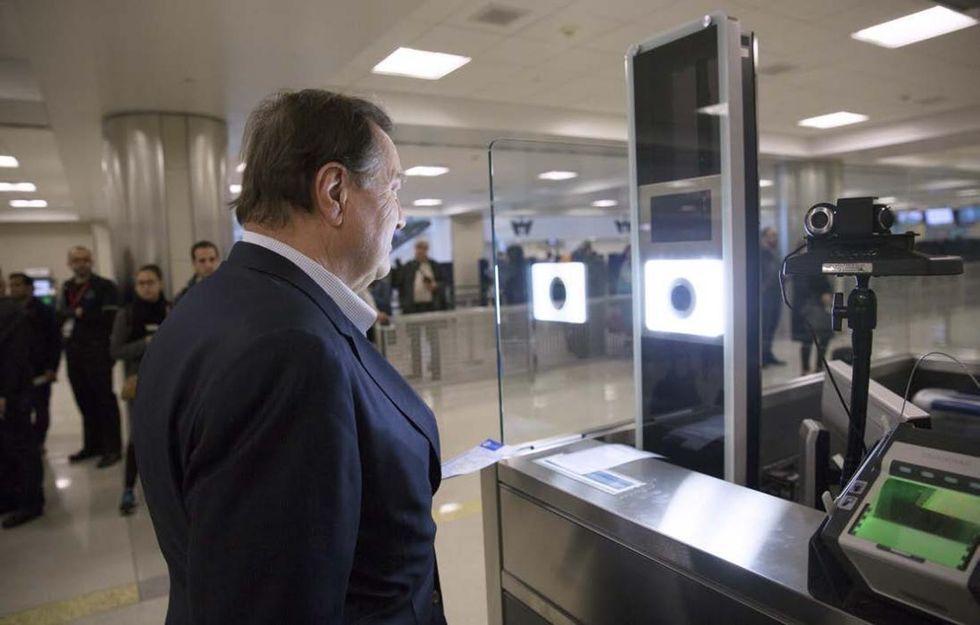 Polisen får inte använda ansiktsigenkänning på flygplats