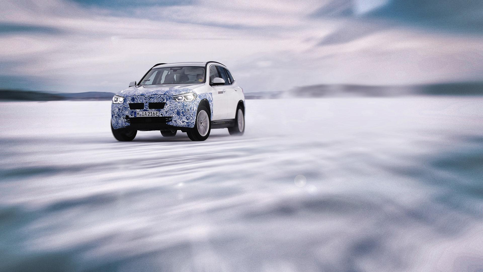Eldrivna BMW iX3 tar sig över 44 mil på en laddning
