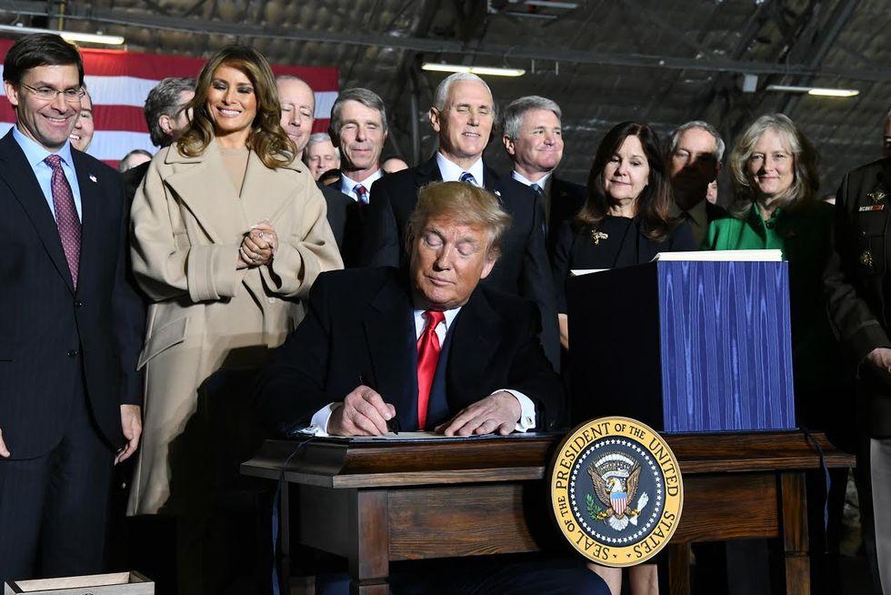 Donald Trump drar igång U.S. Space Force