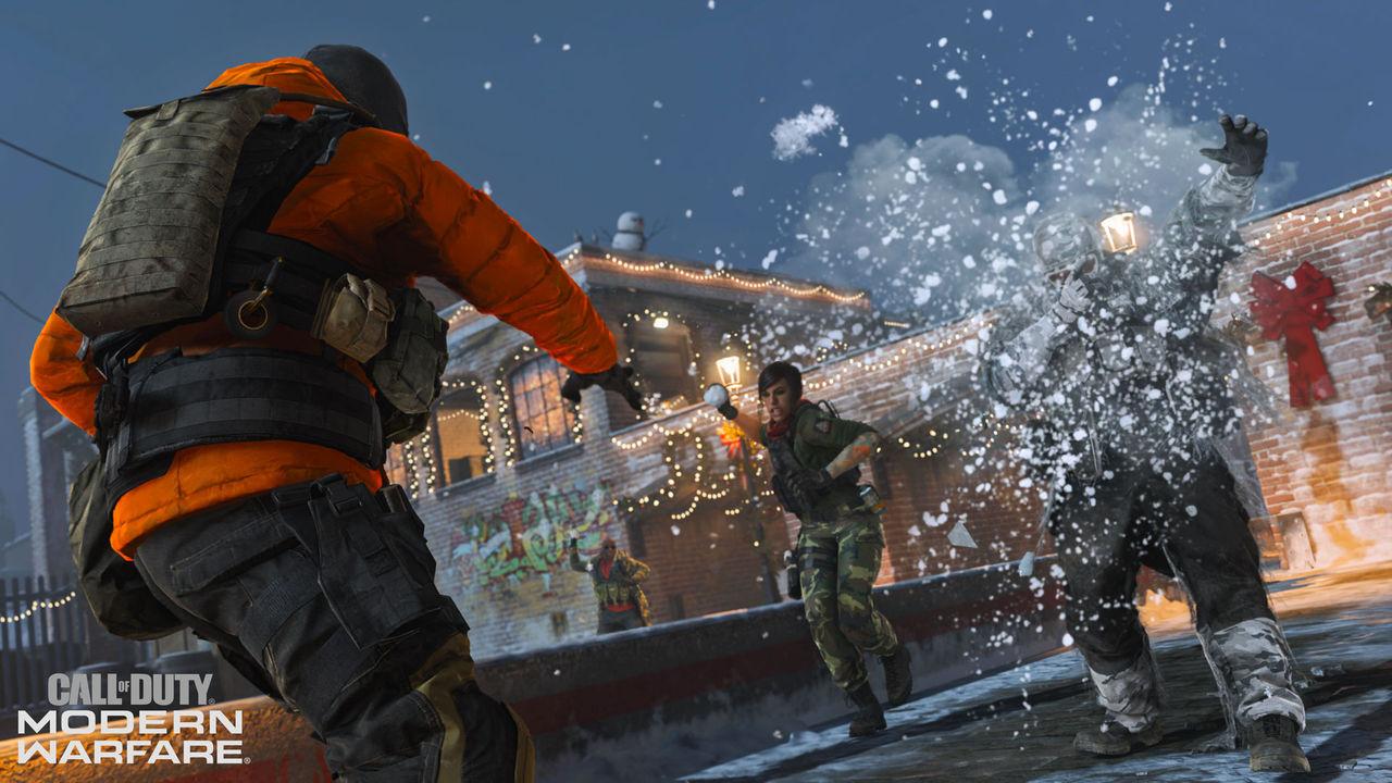 Fira jul i Call of Duty: Modern Warfare med snöbollskrig
