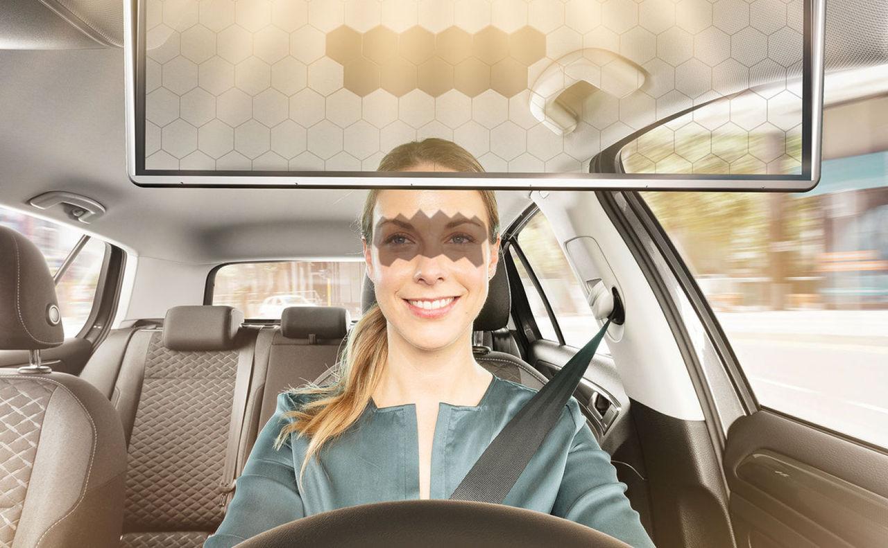 Bosch visar upp smart solskydd för bilen