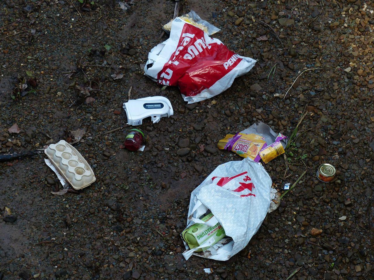 Nu är skatten på plastpåsar här