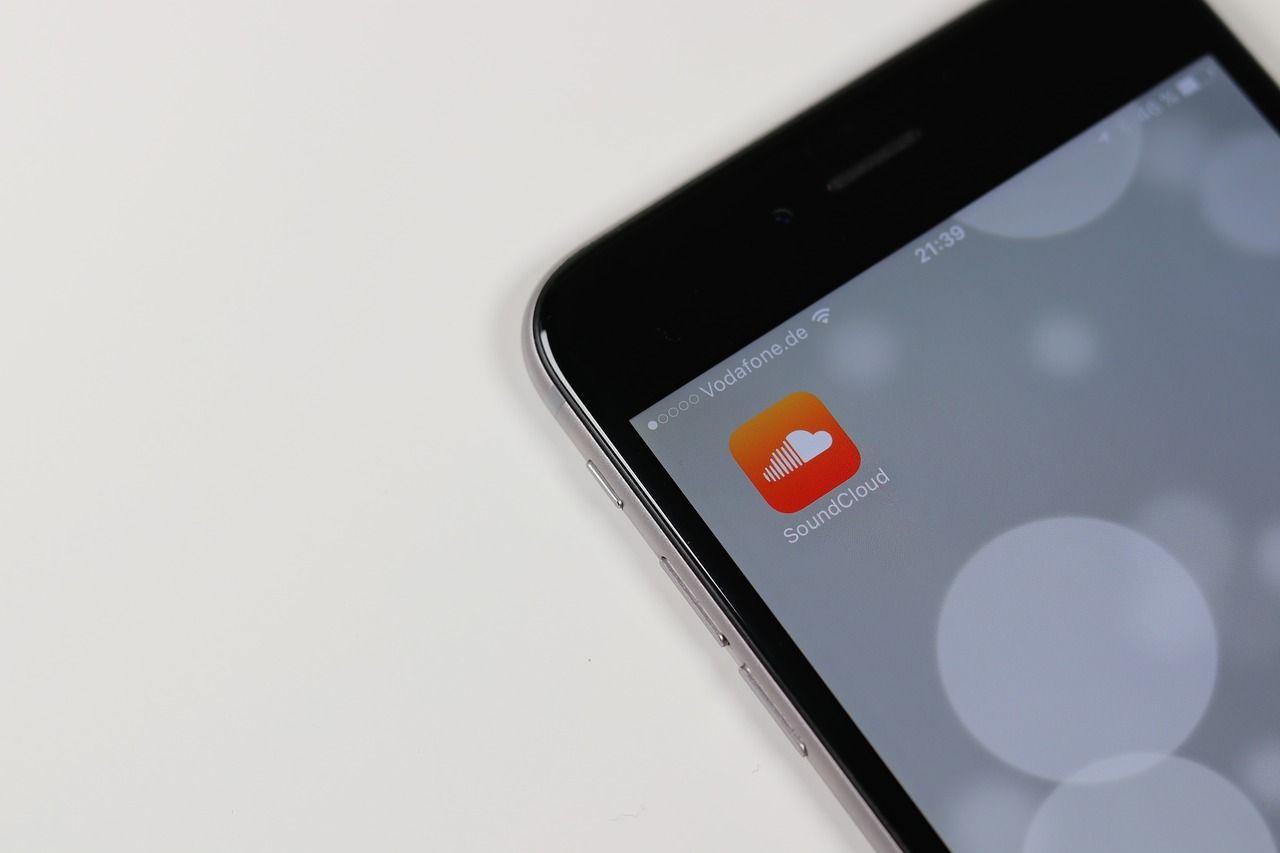 Pandoras ägare köper in sig i SoundCloud