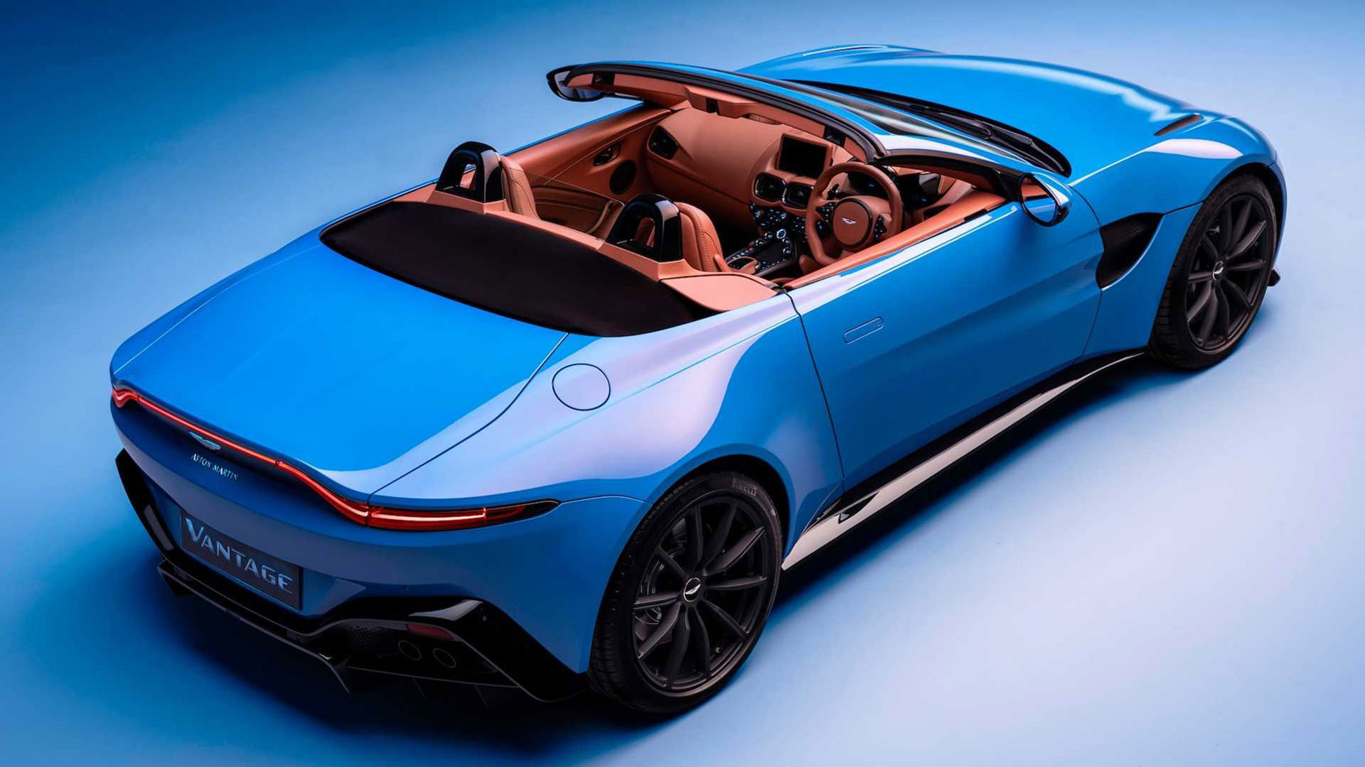 Aston Martin rullar ut nya Vantage Roadster