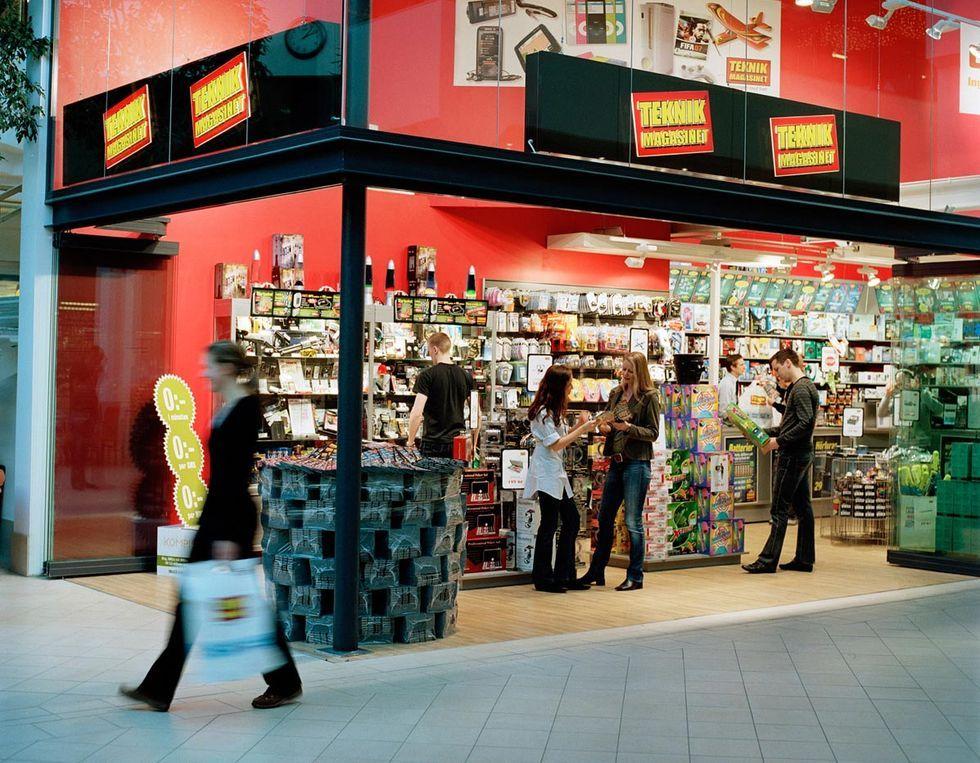 52 av Teknikmagasinets butiker får leva vidare