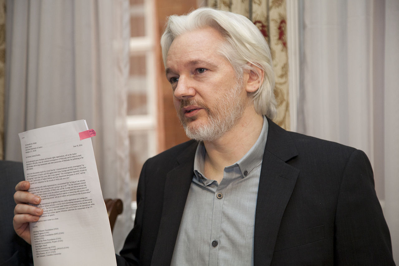 Donald Trump sägs ha erbjudit Julian Assange nåd