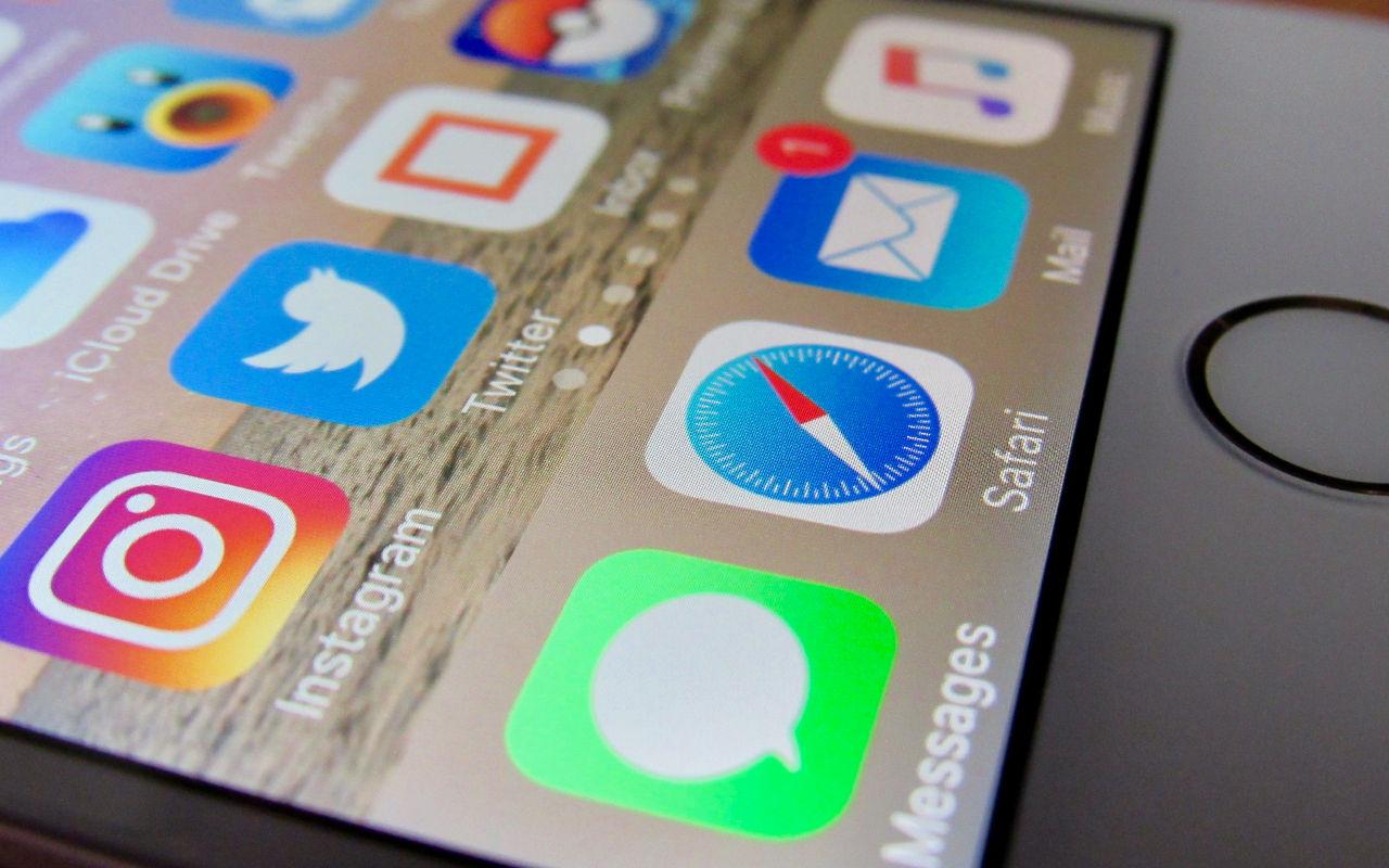 Apple funderar på låta användare byta standard-appar i iOS