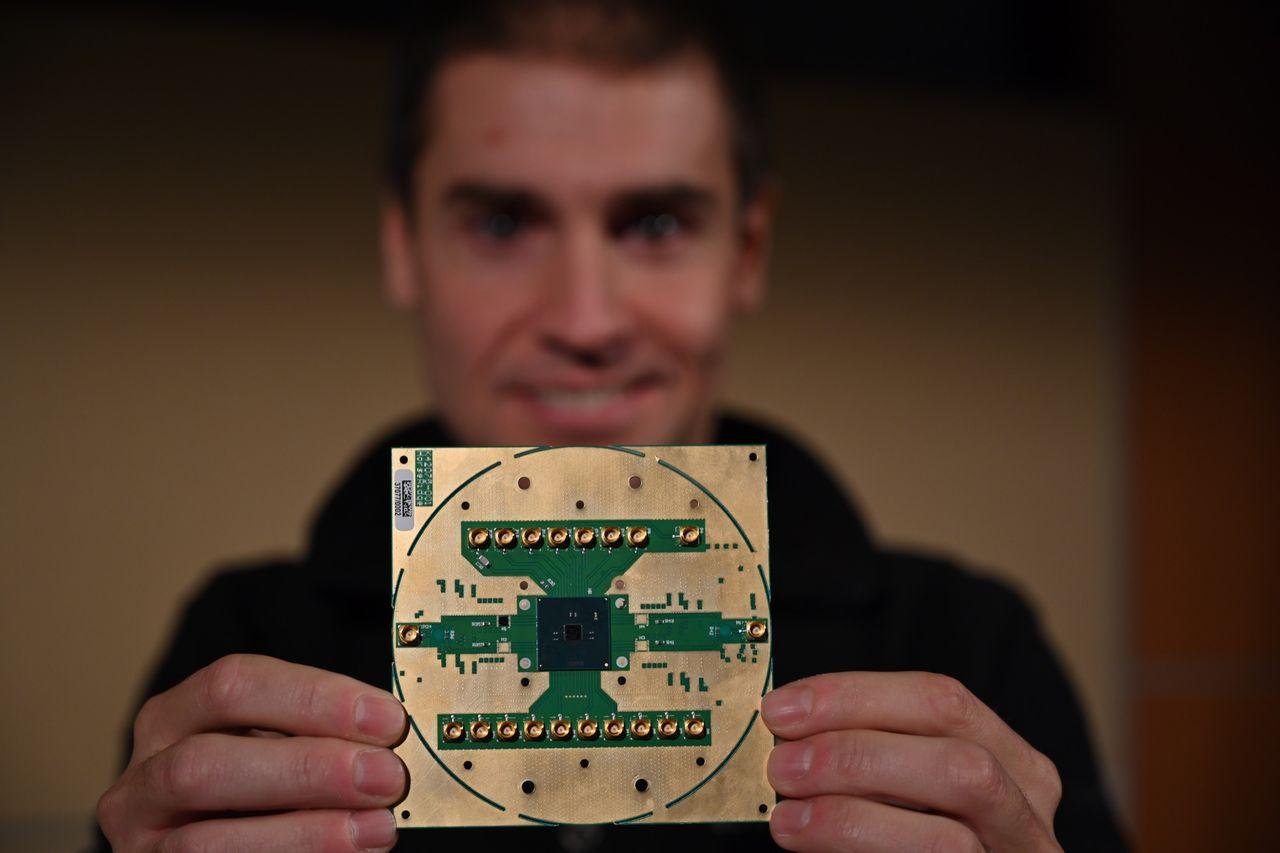 Intel och QuTech visar upp chip för framtidens kvantdatorer