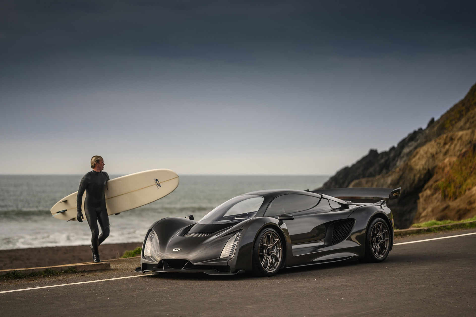 Czinger hävdar att 21C är snabbare än Koenigsegg Regera