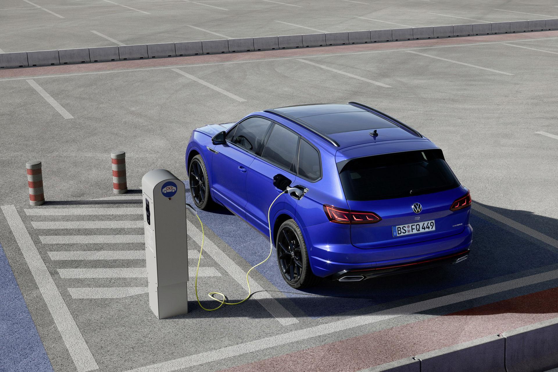 Volkswagen Touareg nu även som laddhybrid
