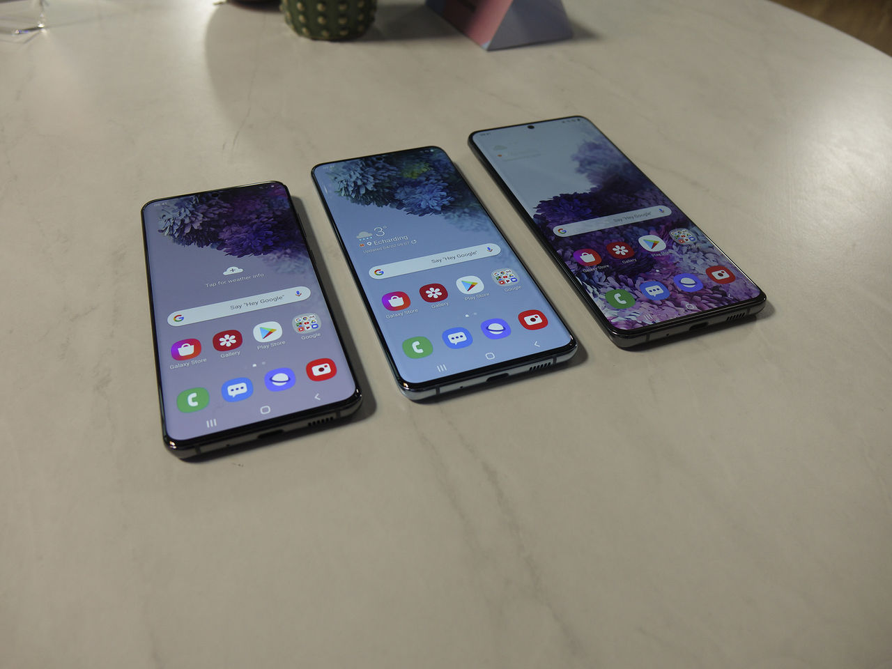 Samsung S20-serien först med nya laddstandarder