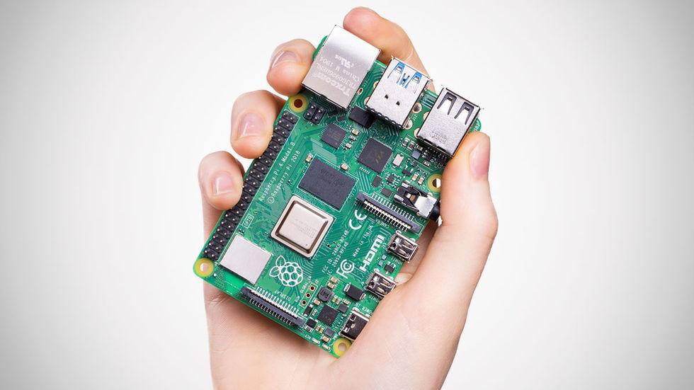 Tut i luren - Raspberry Pi fyller 8 år!