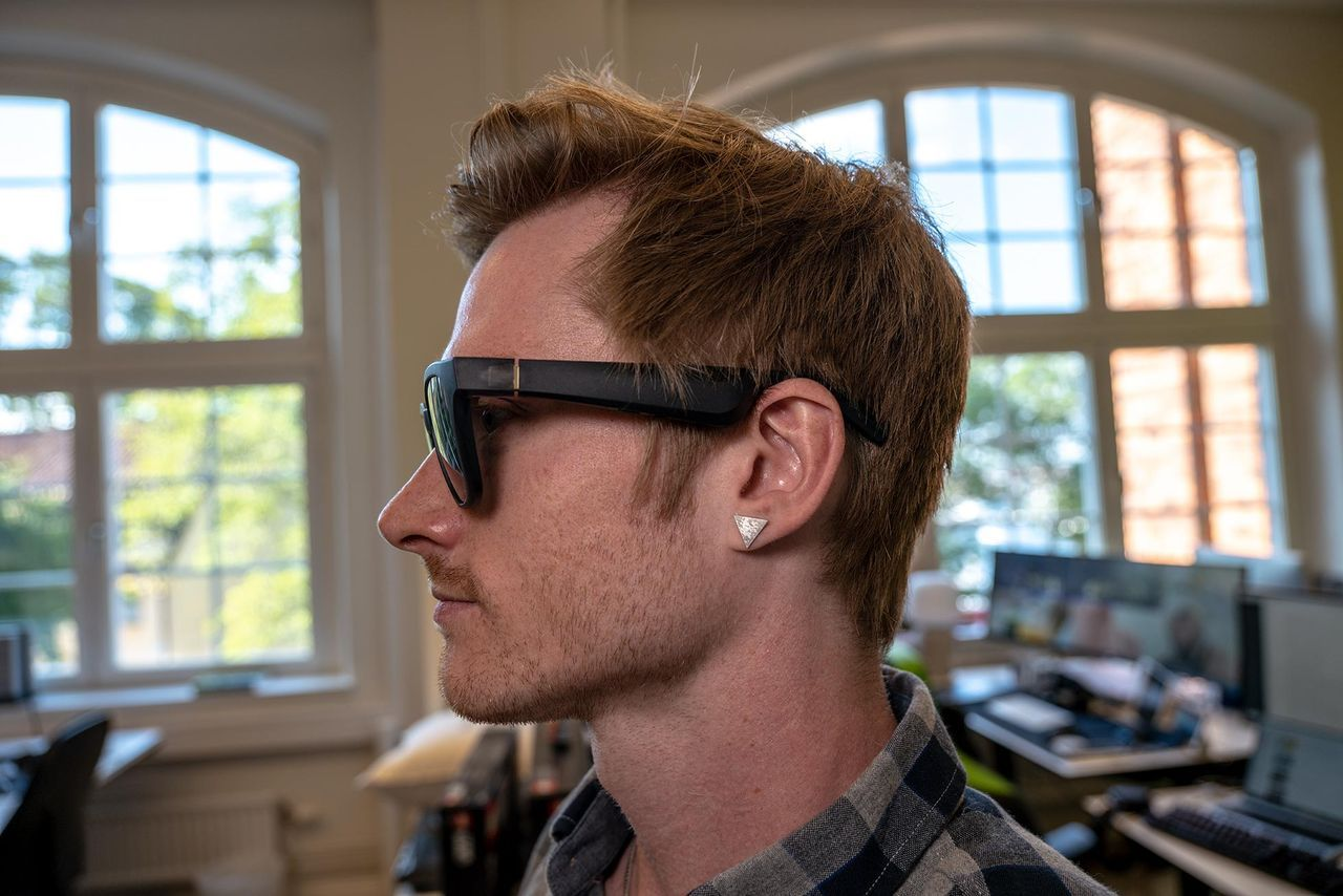 Högtalar-glasögon ska hjälpa synskadade att navigera rätt