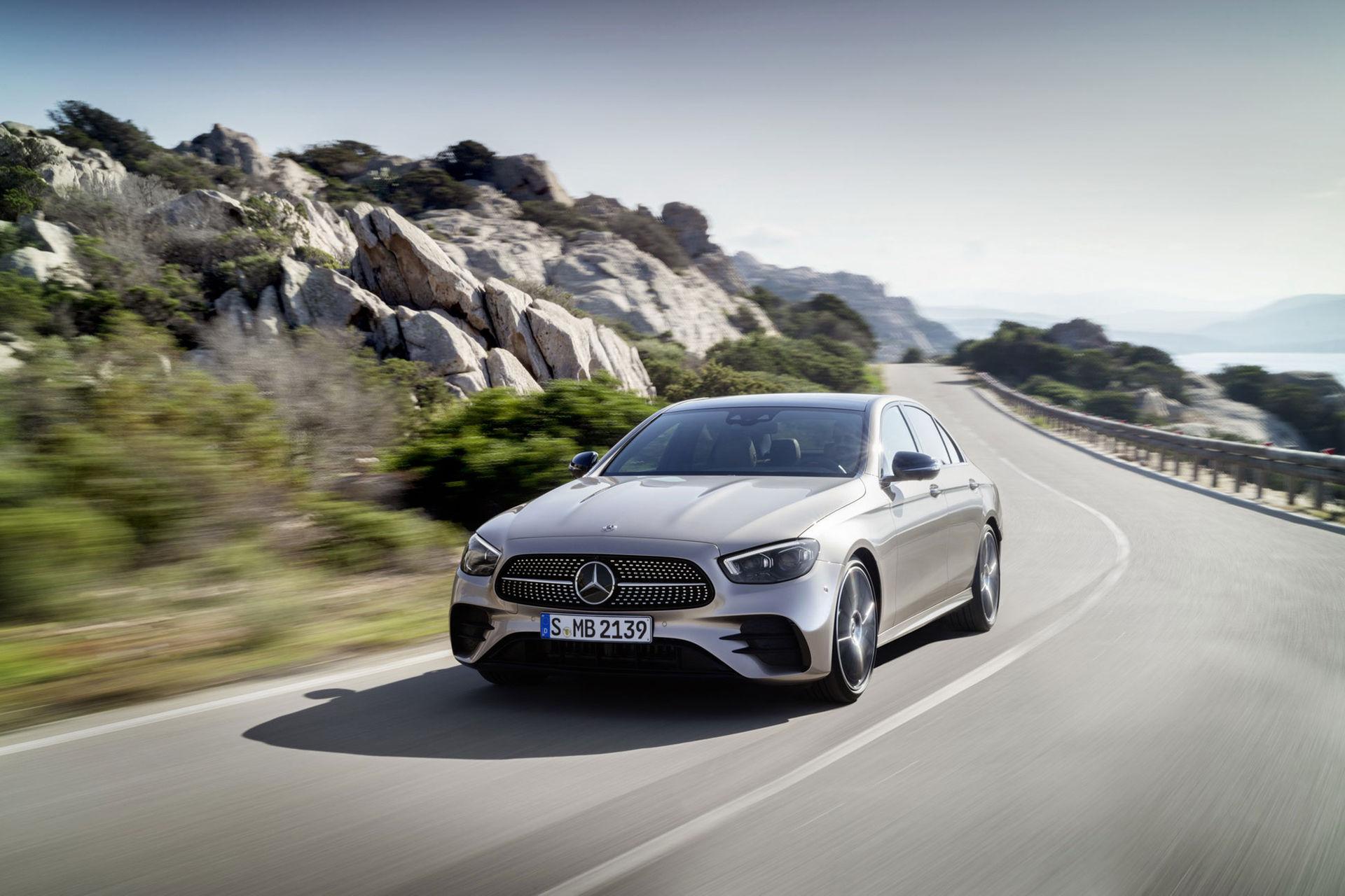 Mercedes lyfter E-Klass