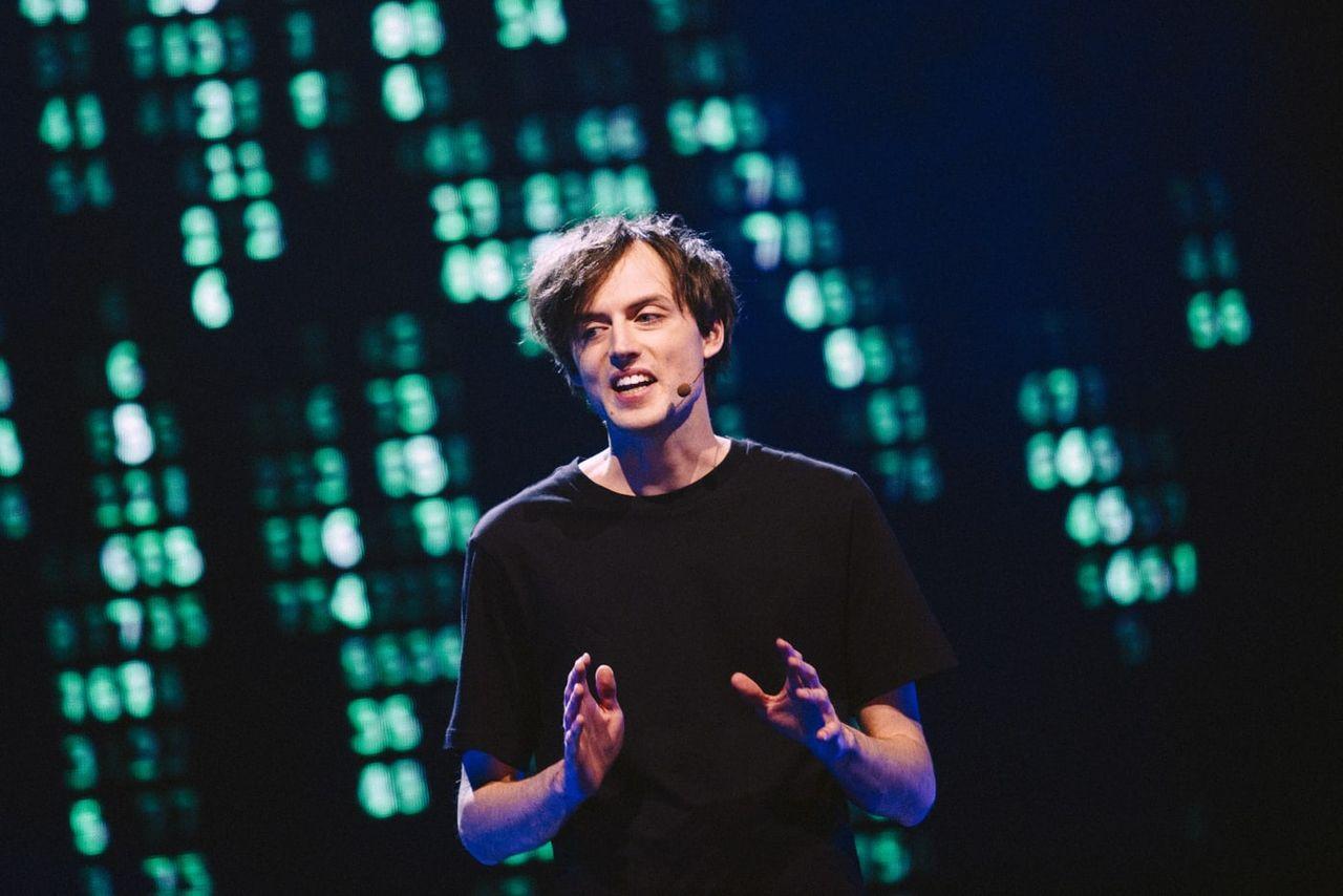 Jonas von Essen slog rekord i Pi-decimal-räkning