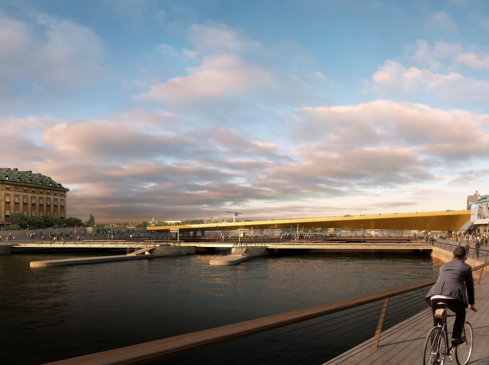 Följ Slussens guldbro på väg till Stockholm