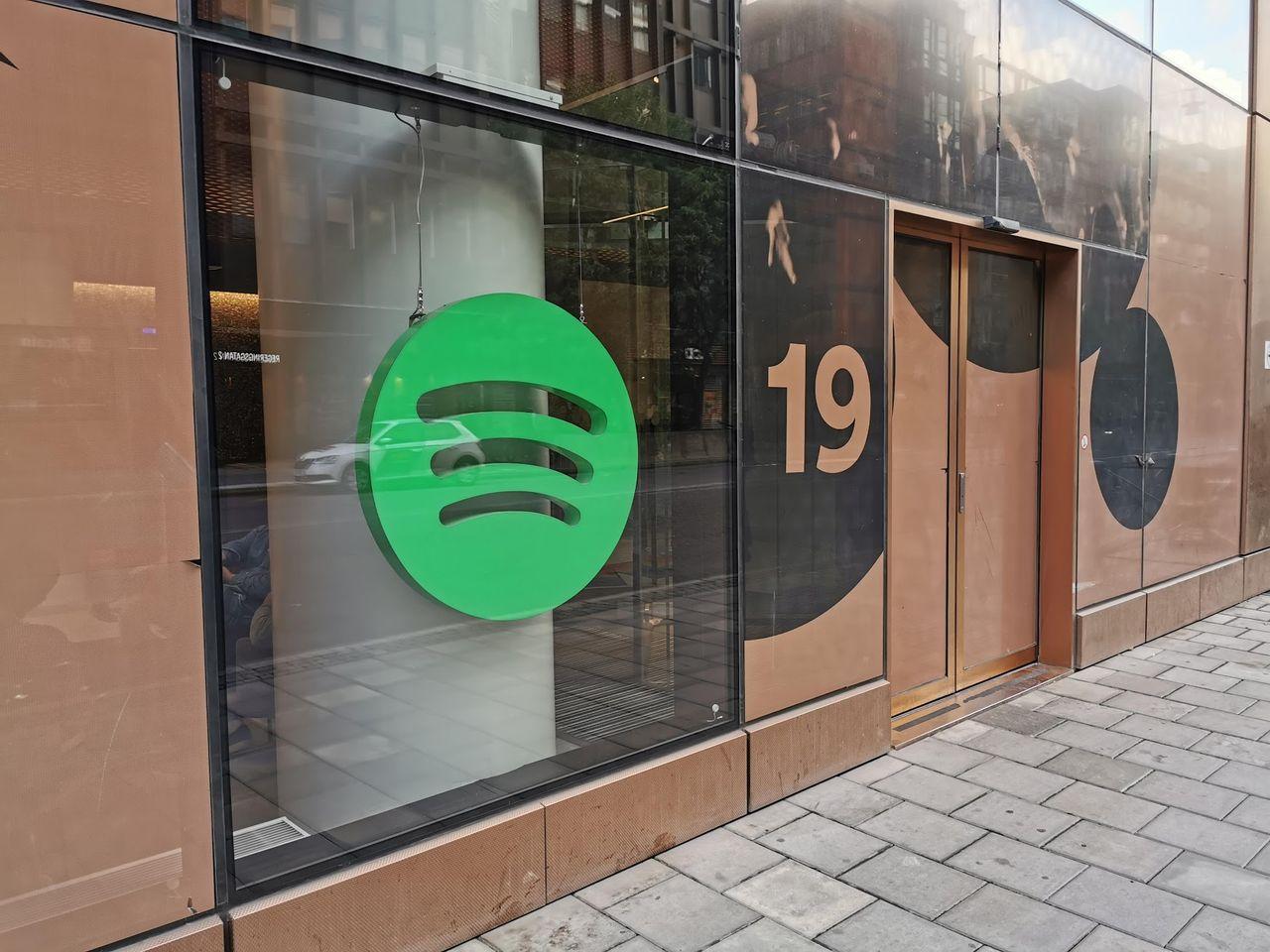 Spotify skickar hem sina anställda