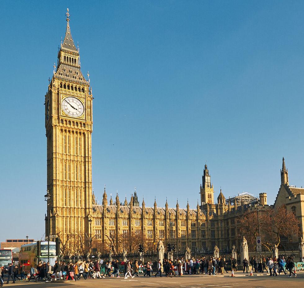 Även Storbritannien börjar kräva extraskatt av techjättar